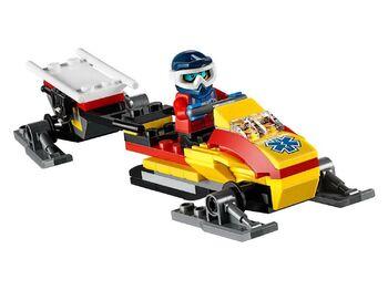 Конструктор LEGO CITY Town Горнолыжный курорт
