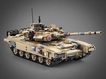 Конструктор CaDA Танк Т90 (1722 детали)