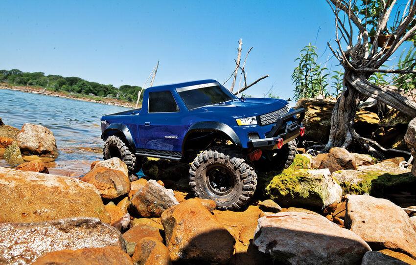 Радиоуправляемая машина Traxxas TRX-4 Sport 4WD  Scale Crawler Blue 1/10 без акб и зу