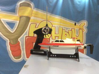Радиоуправляемый катер Fei Lun High Speed Boat FT008 красный