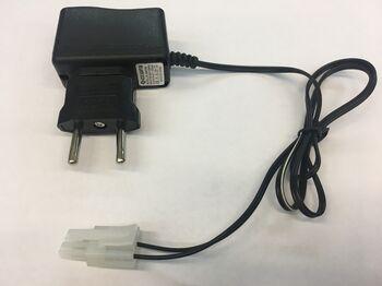 Зарядное устройство Ni-Cd 8.4v 250mah разъем Tamiya