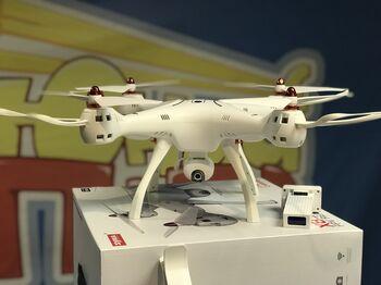 Квадрокоптер Syma X8SW-D FPV Wi-Fi 2.4G RTF