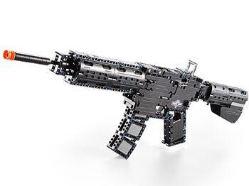 Конструктор CADA deTech штурмовая винтовка M4A1 (621 деталь)