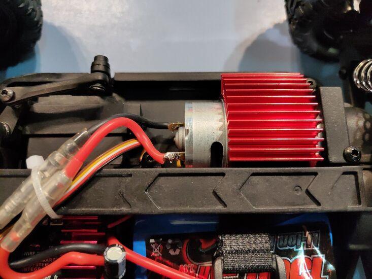 Радиоуправляемая трагги Remo Hobby RH1661 S-EVOR BLUE 4WD 2.4G 1/16 RTR Li-Ion